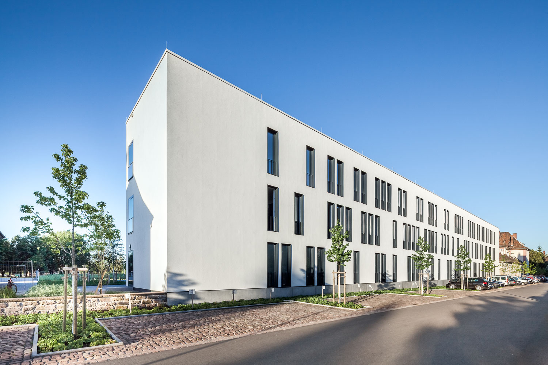 Holz-Aluminiumfenster: Hochschule für Musik in Karlsruhe; Architekturfotografie: Daniel Vieser