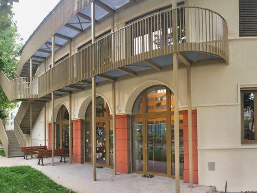 Holz-Aluminiumfenster und -haustüren: KiTa-13 Frankfurt a.M.