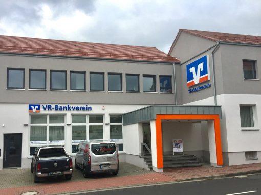 Kunststofffenster und Aluminiumhaustür: VR-Bankverein Niederaula