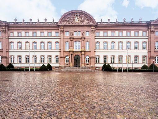Holzfenster und Holzhaustüren: Oberlandesgericht (OLG) Zweibrücken