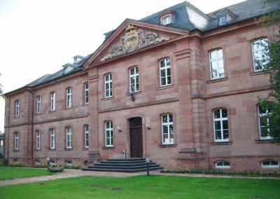 Holzfenster und Holzhaustüren: FAWF Forschungsanstalt für Waldökologie und Forstwirtschaft Trippstadt